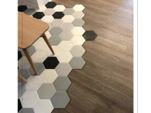 Hexagon Mix with vinyl