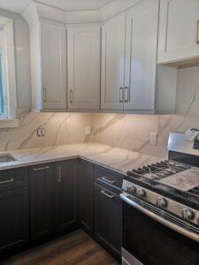 Hamilton Contrast Kitchen Remodel – Corner