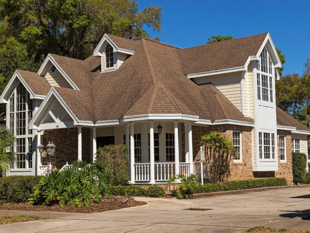 Country custom home building